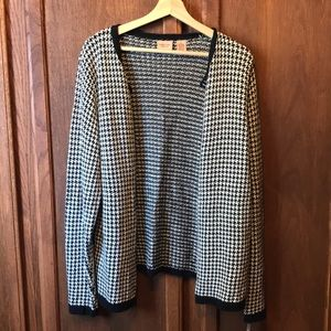 Cherokee Sweaters - ✔️NWT Houndstooth Cardigan Sweater